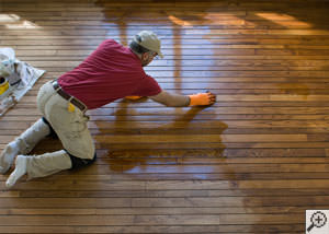 A Espanola installation of hardwood flooring.